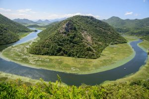How to find the horseshoe bend. Lake Skadar, Montenegro
