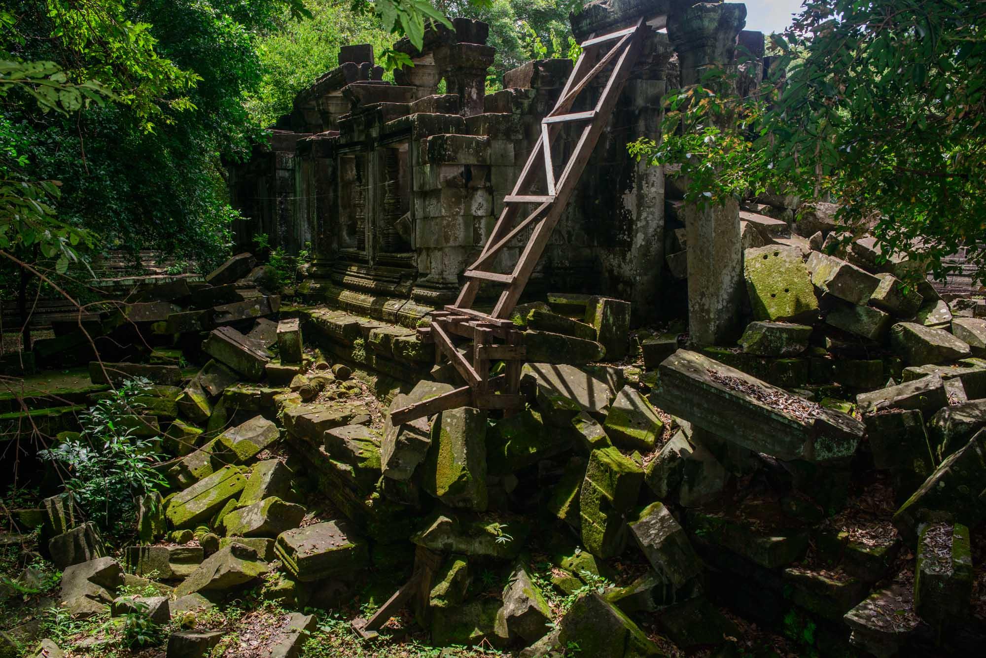 Abandoned temple Beng melea