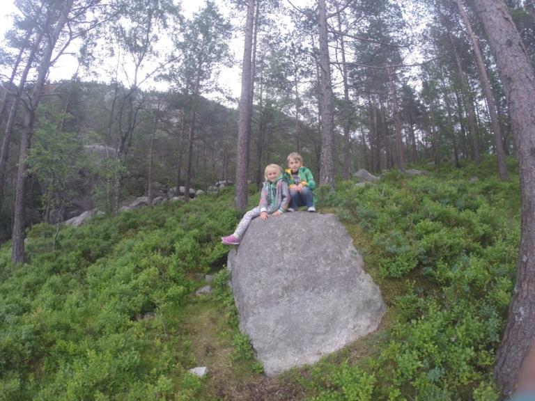 Preikerstolen with kids