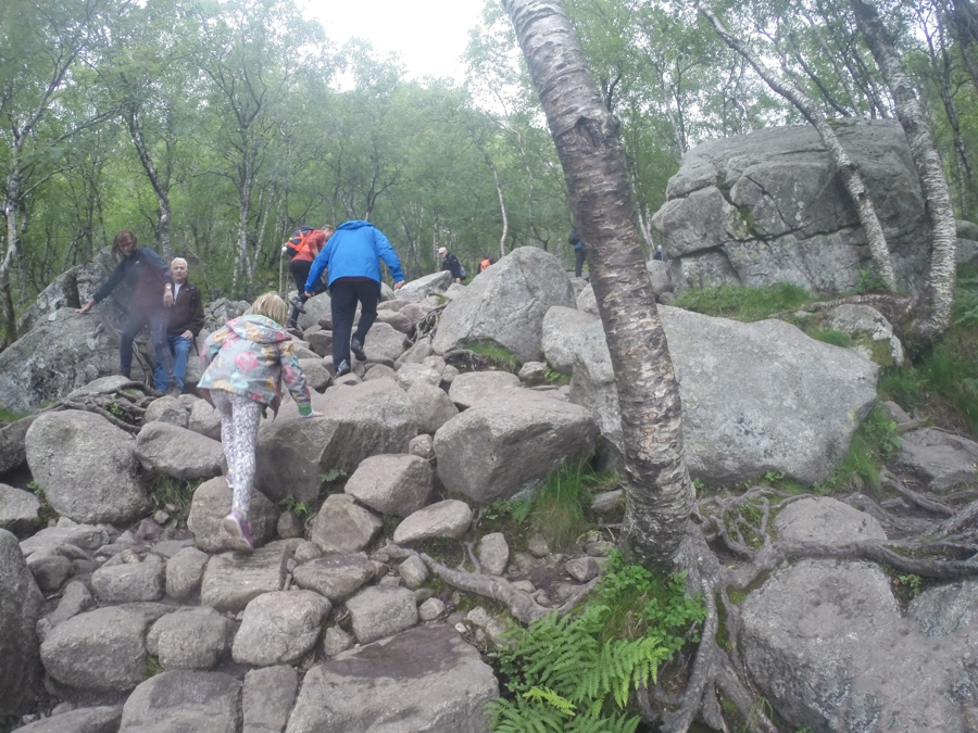 Hiking preikerstolen